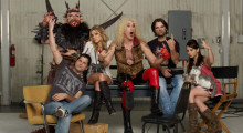 Holliston-cast