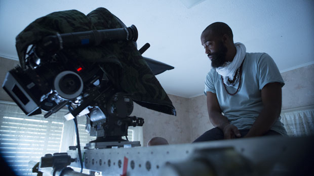 Bradford Young on the set of Ain't Them Bodies Saints