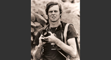 George Plimpton photographing birds in Africa (Photo: Freddy Plimpton/Laemmle Zeller Films)