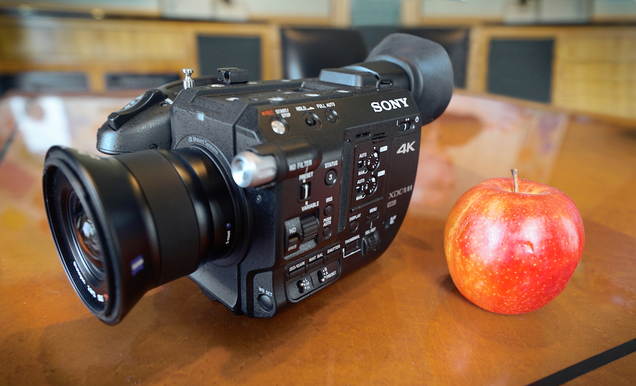 Sony 4K PXW-FS5 with Zeiss 12mm E-mount Touit lens and Royal Gala apple.