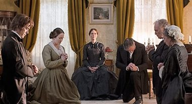 A Quiet Passion (Cynthia Nixon, center)